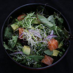 Vege-Salad-with-raw-salmon